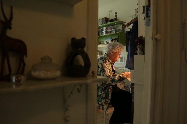 70 jaar diabetes - Jits aan haar bureau